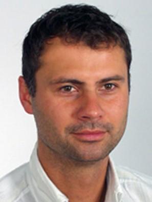 Paweł Skowronek - dr-n-med-pawel-skowronek-ortopeda_24378_h400
