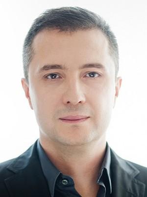 Maciej Krajewski - dr-n-med-maciej-krajewski-dermatolog-lekarz-medycyny-estetycznej_7817_h400